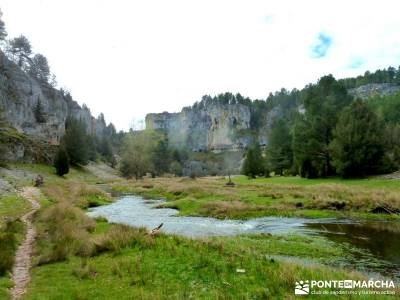 Integral Cañón Río Lobos; excursiones de senderismo; viajes senderismo madrid;mochilas diferentes
